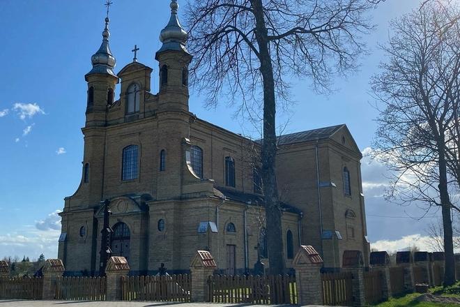 Kietaviškių Švč. Trejybės bažnyčia