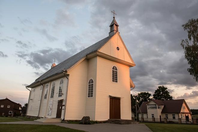 Semeliškės St. Lauryn Church